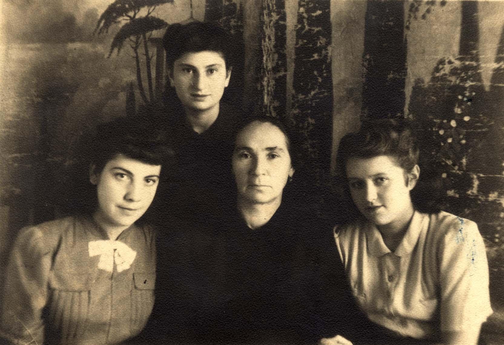 Зінаїда,Жиленко